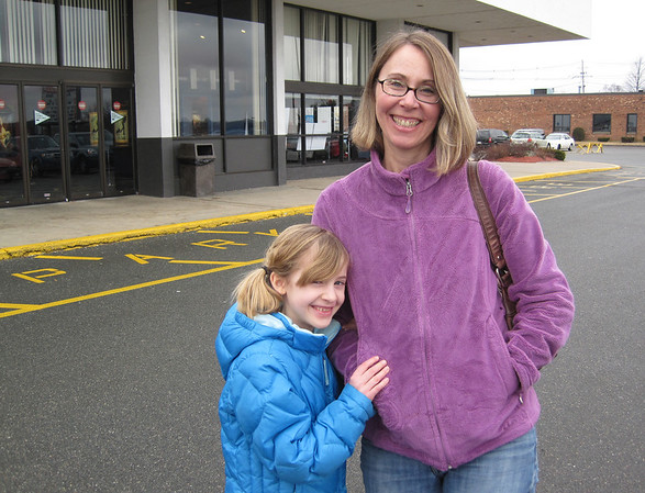 Ruth (mom) and Mary (daughter) Lindsay of Beverly.<br /> Photo by Will Broaddus/Salem News, Friday,  February 24, 2012.