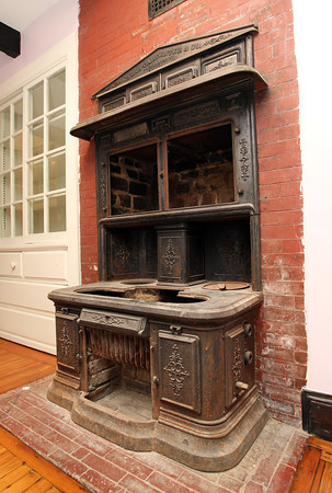 Old stove inside a short term housing unit at the Coach House at Willowdale Estate. David Le/Staff Photo