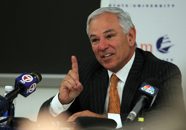 Former Red Sox Manager Bobby Valentine fields questions from media members prior to speaking at the O'Keefe Center at Salem State University on Thursday night. David Le/Staff Photo
