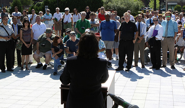 Salem Mayor Kimberly Driscoll speaks to the crowd at the opening ceremony for the Harborwalk in downtown Salem on Thursday afternoon. Photo by David Le/Salem News