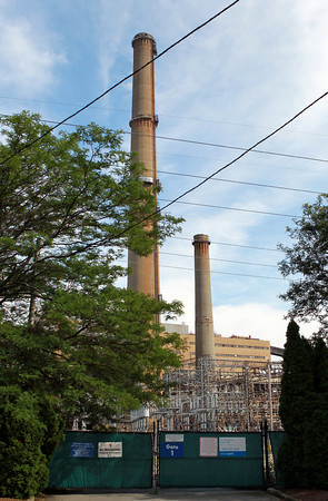 Salem: A view of the Salem Power Plant from Fort Ave. David Le/Salem News