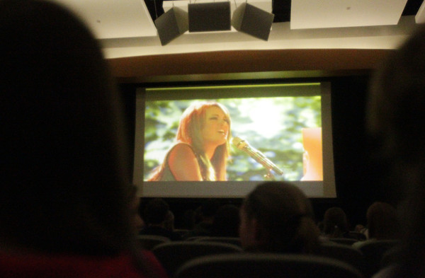 Beverly: Hundreds of people packed into the Beverly High School auditorium to watch 2012 Beverly High School graduate Angie Miller perform on American Idol on Wednesday evening. David Le/Salem News