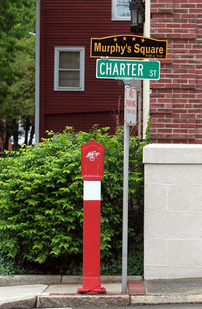 "Salem: Salem's new veteran's agent is starting a project to re-dedicate and put up new signs at veteran's squares around the city. A ""Murphy Square"" sign at the intersection of Front and Charter Streets. David Le/Salem News"