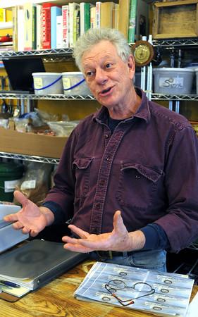 Salem:<br /> David Bowie of Salem Spice talks about Salem Food Tours.<br /> Photo by Ken Yuszkus, The Salem News,  Thursday, October 10, 2013.