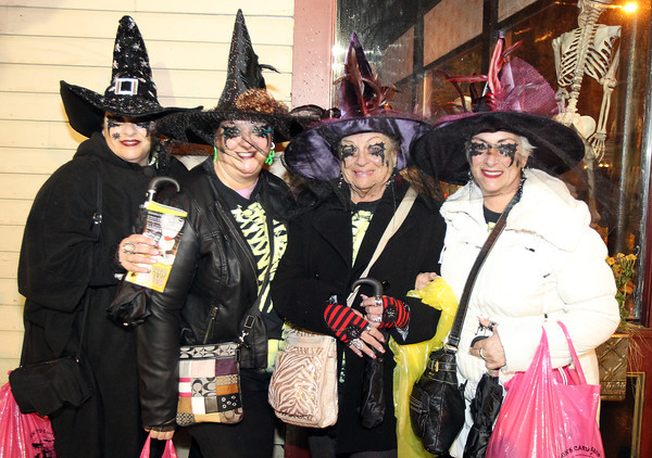 Salem: From left, Mary Davis, Patricia Ippolito, Patricia Ippolito, and Nancy Ippolito, made the trip down to Salem from Toms River, NJ, to enjoy the Halloween festivities. David Le/Salem News
