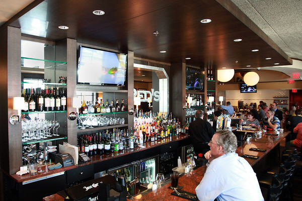 The brand new bar at Red's Kitchen and Tavern off of Route 1 in Peabody. David Le/Staff Photo