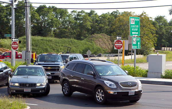 The new traffic pattern at the intersection of Routes 62 and 128 in Danvers has caused traffic backups and delays amid a 23 million dollar highway project and renovation. David Le/Staff Photo