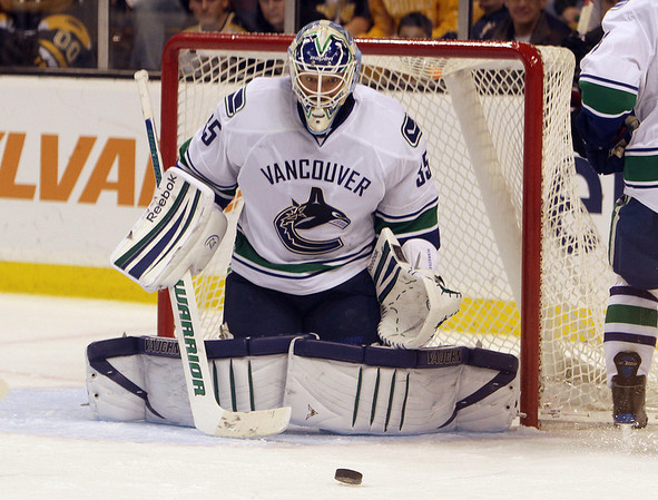 Marblehead native and Vancouver Cancucks goalie Cory Schneider keeps his eyes on the puck. David Le/Salem News