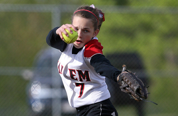Salem pitcher Joanna Coleman delivers a strike against Beverly on Tuesday. David Le/Staff Photo
