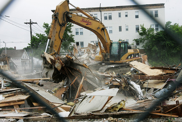 The Elliot Chambers (?) building is demolished. Photo by Deborah Parker/July 7, 2009
