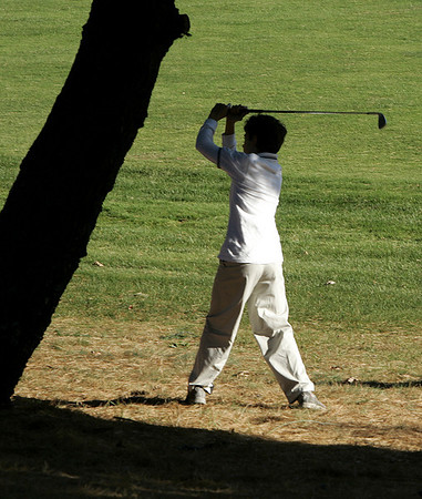 Wenham: Marblehead middle schooler, Corey Finch makes a drive towards the first green during the first ever Danvers-Marblehead middle school golf match held at Lakeview Golf Course Thursday.<br /> Photo by Deborah Parker/Salem News Thursday, October 23, 2008