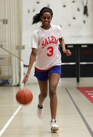 Salem High returning starter Jasmine Bryant Photo by Deborah Parker/December 7, 2009