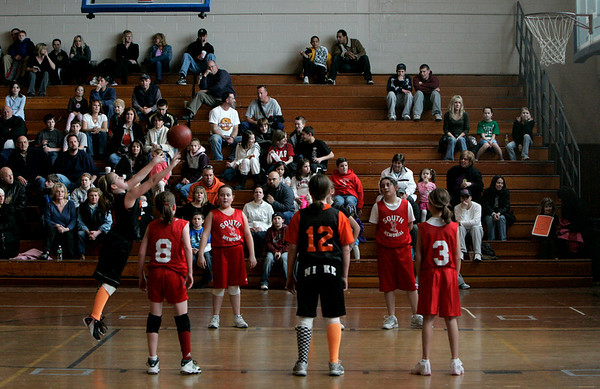 Peabody: Center School's Caley Hughes takes a free throw during yesterday's final game in Peabody's 5th Grade Elementary Basketball League against the South School.  Photo by Deborah Parker/Salem News Thursday, March 12, 2009.
