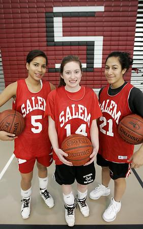 Salem: From left, Salem High School senior basketball players, Erica Mendez, Ashley White, Louginna Rijo. <br /> Photo by Deborah Parker/Salem News Thursday, January 01, 2009
