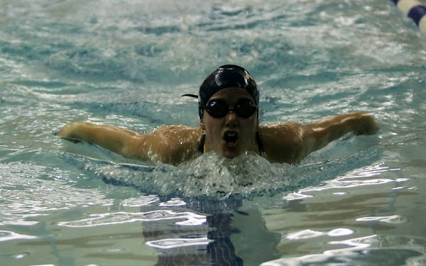 Peabody: Peabody's Rachael Mullen competes in the 100 meter freestyle against Marblehead during Thursda's meet at the Peabody YMCA. Photo by Deborah Parker/Salem News Thursday, December 18, 2008.