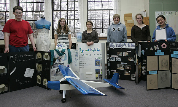 Beverly : Fourteen Cape Ann Waldorf School  graduating students have completed their Eighth Grade Project Presentatiosn.  The students selected a topic of interest, procured a mentor to work with, and have been working hard since September, knowing that they were presenting to family and friends in late winter/early spring.  This yearÕs projects include: Music box building; car battery design; cake decoration; dress design; photography and piano/song recital to mention a few. From left are eigth graders, Ben Shopper, Megan DiBiase, Rosie Berman, Ethan Bresnahan, Emma Clopton, and Anja Higashibaba. Photo by Deborah Parker/Salem News Wednesday, March 11, 2009