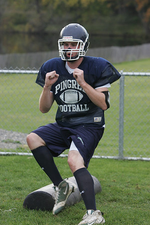 Pingree's Brandon Parker works on a drill during practice Thursday afternoon. Photo by Deborah Parker/October 22, 2009