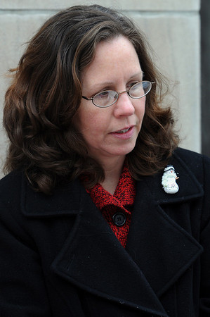 Salem:<br /> Cathy Miaskiewicz of Gloucester, speaks about the results of last night's election.<br /> Photo by Ken Yuszkus/Salem News, Tuesday, January 20, 2010.