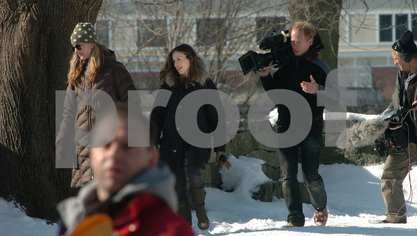 """Salem:<br /> Sarah Jessica Parker, second from the left, at the Charter Street cemetery during the filming for the NBC show """"Who Do You Think You Are"""".<br /> Photo by Ken Yuszkus/Salem News, Friday,  January 30, 2009."""