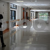 Salem:<br /> The hallway was changed to allow more light to illuminate area. It was one of many changes in the newly renovated Salem High School. <br /> Photo by Ken Yuszkus/Salem News, Monday September 15, 2008.
