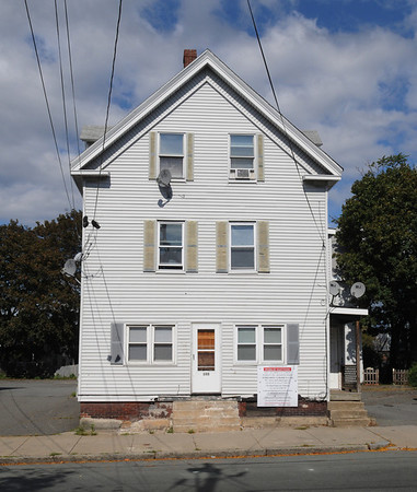Peabody:<br /> 143 Washington Street is one of the buildings to be sold at auction.<br /> Photo by Ken Yuszkus/Salem News, Monday, October 3, 2011.