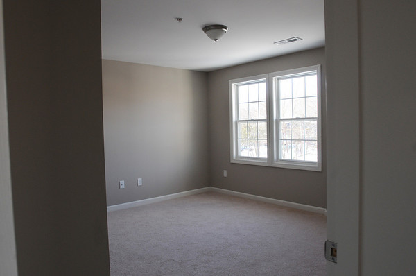 Ipswich:<br /> The bedroom in the apartment at 21-23 S. Main Street in downtown Ipswich.<br /> Photo by Ken Yuszkus/Salem News, Friday, January 22, 2010.