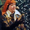 Salem:<br /> Jay Menice, as professor Wiggledom, juggles at the begining of The Harry Potter Wizards Show at The Griffin Theatre on Sunday.<br /> Photo by Ken Yuszkus/Salem,  News, Sunday,  December 26, 2010.