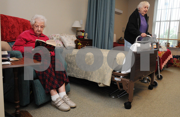 Danvers:<br /> From left, Ida Vernon and Alice Monahan are in their room that they share at the New England Homes for the Deaf.<br /> Photo by Ken Yuszkus/Salem News, Friday, September 11, 2009.