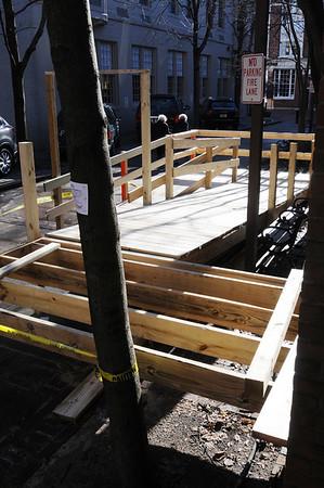 Salem:<br /> The city is constructing an elevator to make Salem City Hall handicapped accessible.The construction is in the back of city hall.<br /> Photo by Ken Yuszkus/Salem News, Thursday, Decmber 3, 2009.