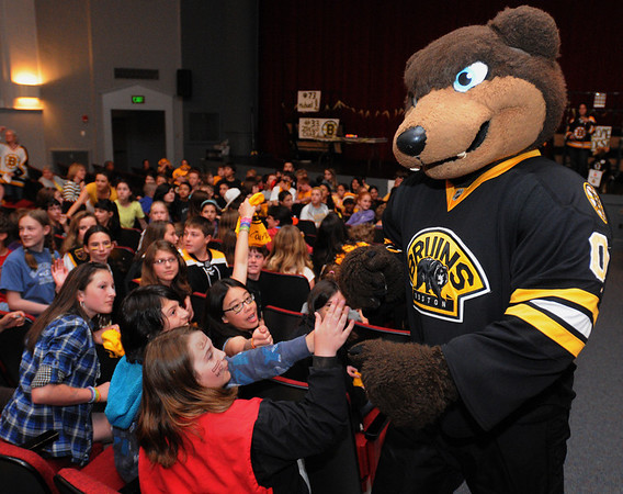 Marblehead:<br /> The Boston Bruins mascot, Blades, walks amongst the 6th graders during the Village School Boston Bruins Spirit Day on Friday.<br /> Photo by Ken Yuszkus/Salem News, Friday, May 7, 2010.