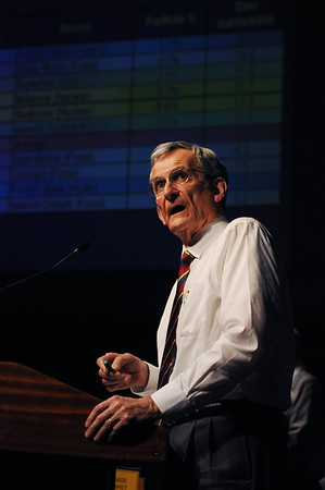 Ipswich:<br /> Jim Engel, of the Electric Light sub committee, speaks on stage during his powerpoint presentation on the wind turbine project while using a lazer pointer. <br /> Photo by Ken Yuszkus/Salem News, Monday, November 14, 2011.