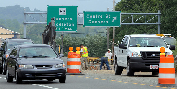 Danvers:<br /> Construction continues in the median of Route 1 at the Centre Street exit.<br /> Photo by Ken Yuszkus/Salem News, Thursday August 5, 2010.