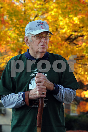 Wenham:<br /> Bill Dupee walks the streets of Wenham and Hamilton in his quest to walk every street in the two towns.<br /> Photo by Ken Yuszkus/Salem News, Wednesday, October 15, 2008.