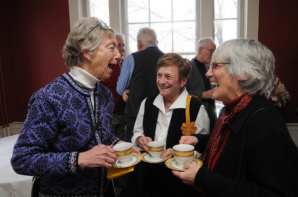 Salem:<br /> From left, Patsy Whitlock, Linda Davis, and Sarah Mowitt are engaged in conversation while having cups of bouillon at Hamilton Hall before the speaker begins at the lecture series.<br /> Photo by Ken Yuszkus/Salem News, Thursday, February 17, 2011.