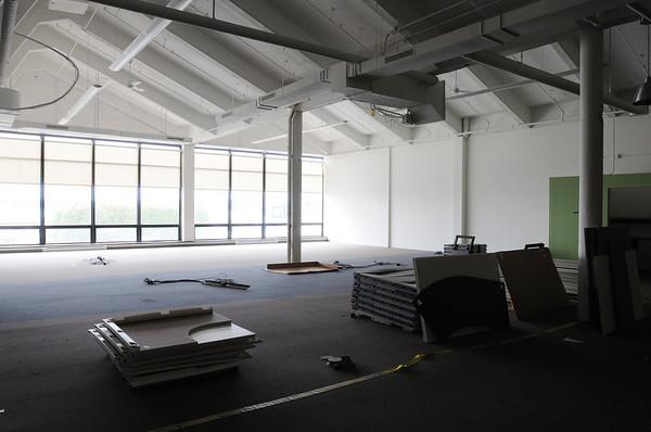 Salem:<br /> Empty space at building 4 at Shetland Park.<br /> Photo by Ken Yuszkus/Salem News, Monday, May 10, 2010.