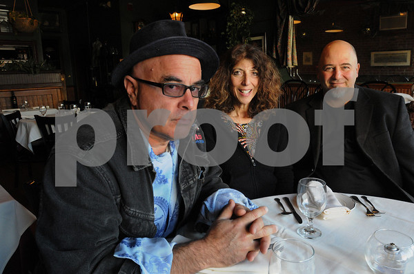 Beverly:<br /> From left, Henry Ferrini, Chava Hudson, board members of the North Shore Jazz Project, and Rich Marino, who will host the organization's first fundraiser at his restaurant, Chianti restaurant<br /> , Nov. 15.<br /> Photo by Ken Yuszkus/Salem News, Monday November 9, 2009.