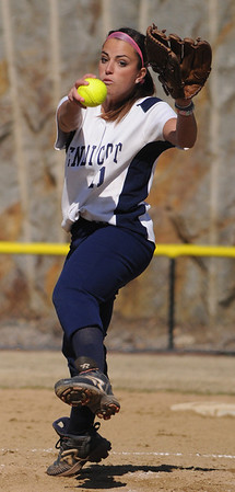 Beverly:<br /> Jenna Bortolotti, Endicott College pitcher, winds up for a pitch during the Gordon at Endicott College softball game.<br /> Photo by Ken Yuszkus/Salem News, Tuesday, March 29, 2011.