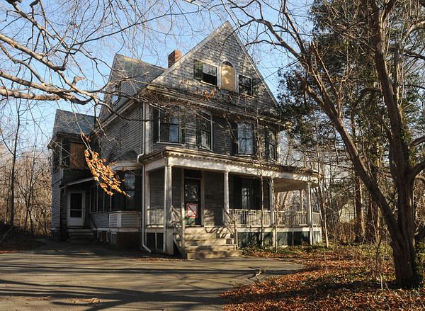 Salem:<br /> The new owner of the house at 18 Felt Street wants to demolish it, but the Historical Commission must decide whether it's of historic significance. <br /> Photo by Ken Yuszkus/Salem News, Wednesday, January 4, 2011.