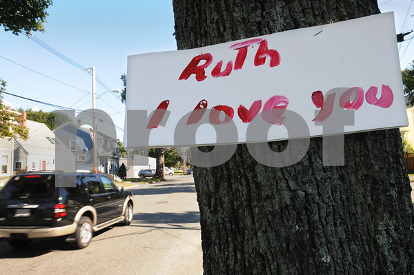 """Swampscott: <br /> The sign which is posted on a tree on Stetson Avenue states """"Ruth I love you"""". <br /> Photo by Ken Yuszkus/Salem News. Thursday, September 18, 2008"""