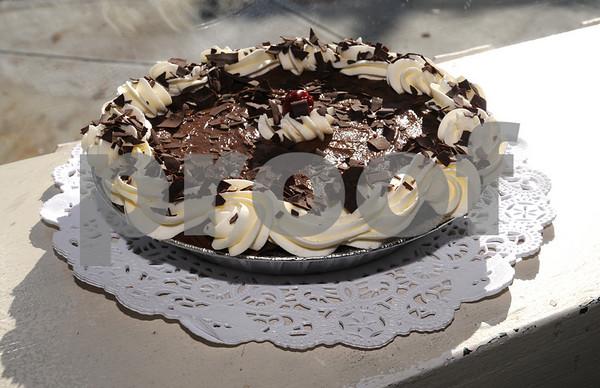 Marblehead:<br /> Chocolate brandy pie made at Ladycakes Bakery.<br /> Photo by Ken Yuszkus/Salem News, Monday November 17, 2008.