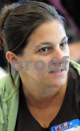 Salem:<br /> Brenda Gharabegian is a new Salem teacher.<br /> Photo by Ken Yuszkus/Salem News, Tuesday, September 1, 2009.