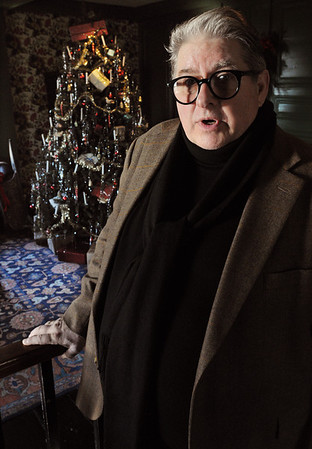 Salem:<br /> <br /> Photo by Ken Yuszkus/Salem News, Friday, December 16, 2011.