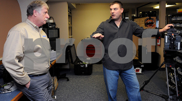 """Salem:<br /> Gene O'Connell, left, owner of Tech-Imaging Services, speaks with Matt Kearney, host of """"Time Warp"""" on Discovery.<br /> Photo by Ken Yuszkus/Salem News, Tuesday,  January 13, 2009."""