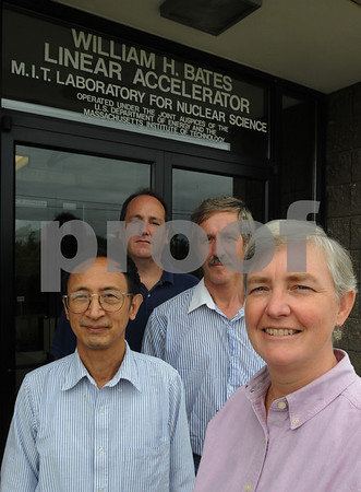 Middleton:<br /> From left, Fuhua Wang, accelerator physicist, of Peabody, Ernie Ihloff, engineer, of Hampstead, NH, Eugeni Tsentalovich, research scientist, of Atkinson, NH, and Karen Dow, assosiate director, of Peabody, stand in front of the MIT Bates Linear Acceierator Center. They are employees of the MIT Bates Linear Accelerator Center who will be working with some Russian-created proton therapy equipment for cancer patients.<br /> Photo by Ken Yuszkus/Salem News/ Tuesday September 16, 2008.