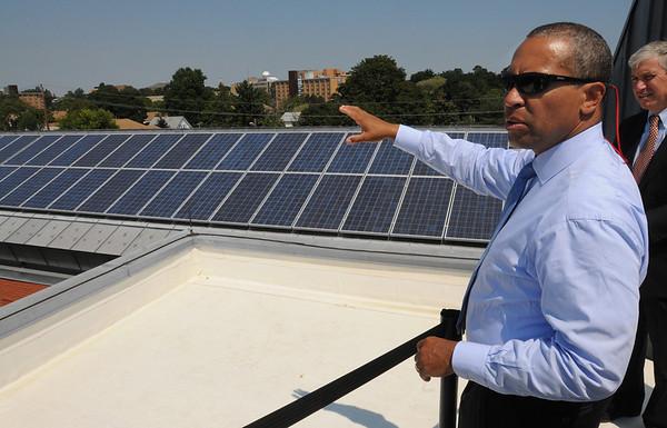 Salem:<br /> Governor Patrick tours a solar installation project on the roof of Atlantic Hall at Salem State University.<br /> Photo by Ken Yuszkus/Salem News, Thursday,  August 19, 2010.