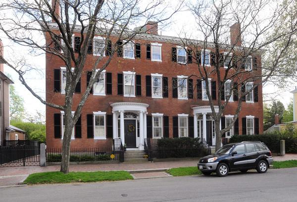 Salem:<br /> 21 Chestnut Street in Salem.<br /> Photo by Ken Yuszkus/Salem News, Tuesday, April 24, 2012.