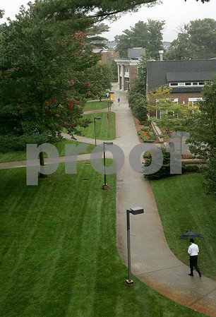 Wenham: Students walk on campus at Gordon College. Photo by Mark Lorenz/Salem News