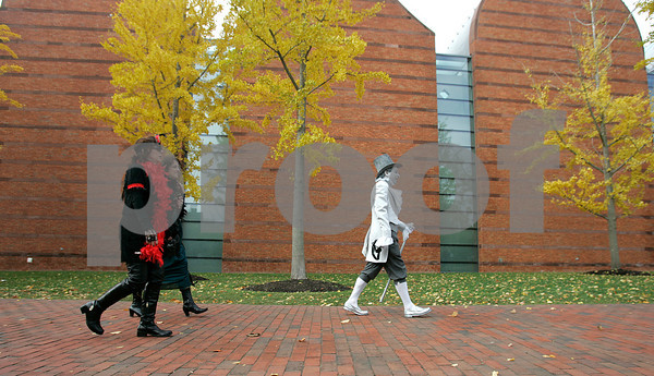 salem: Halloween in Salem. Photo by Mark Lorenz/Salem News