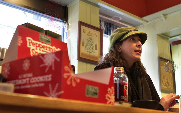 Salem: Diane Manahan, owner of the Pamplemousse in Salem, speaks about the proposed design scenarios for Essex Street Pedestrian Mall. Photo by Mark Lorenz/Salem News