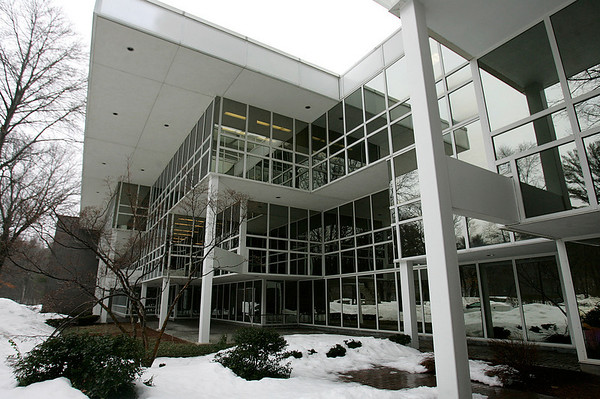 Beverly: 50 Dunham Rd., where Signature Office Park is redeveloping the former Artari buillding. Photo by Mark Lorenz/Salem News